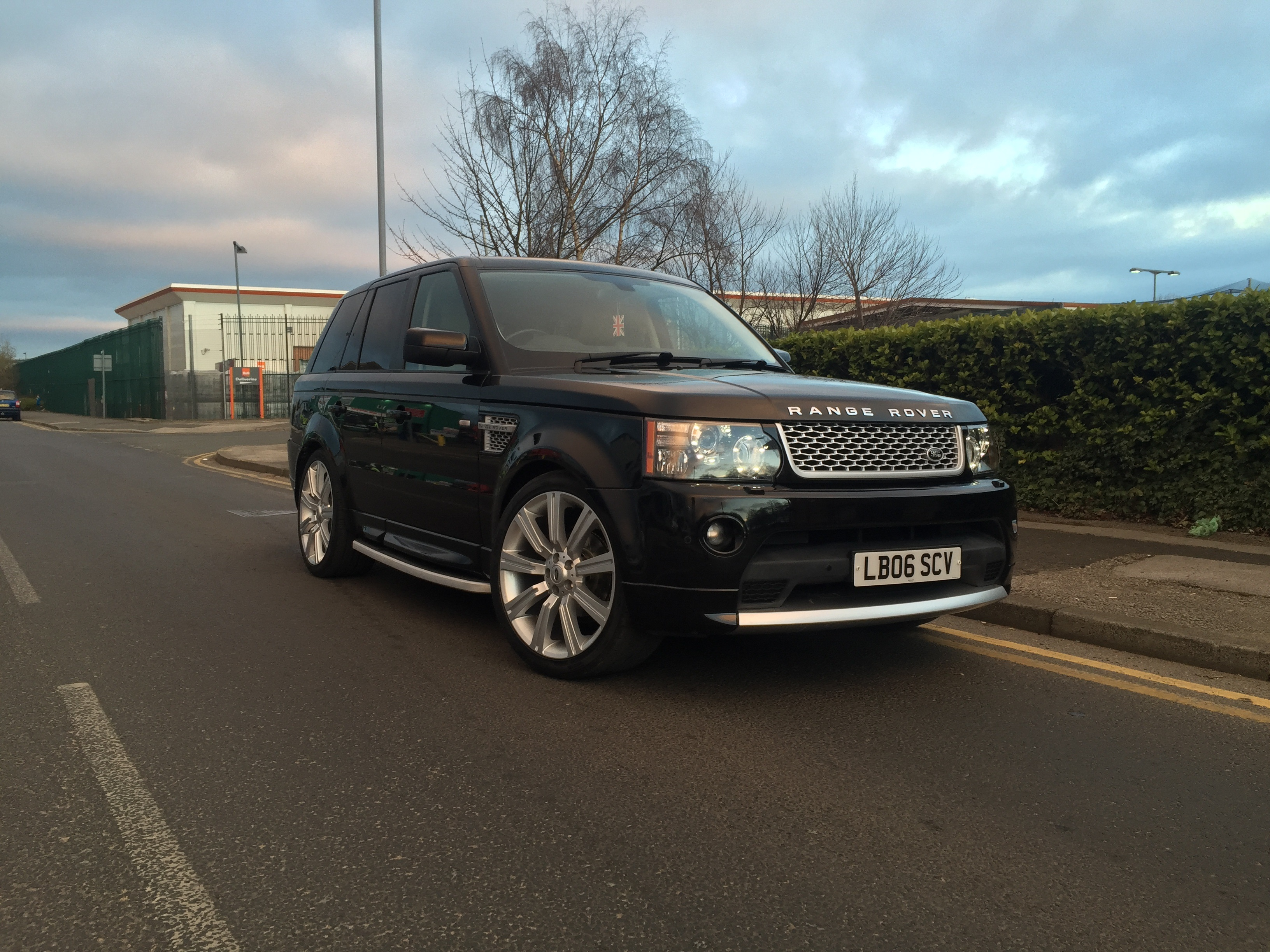Range Rover sport Autobiography 2012 Facelift conversion body styling