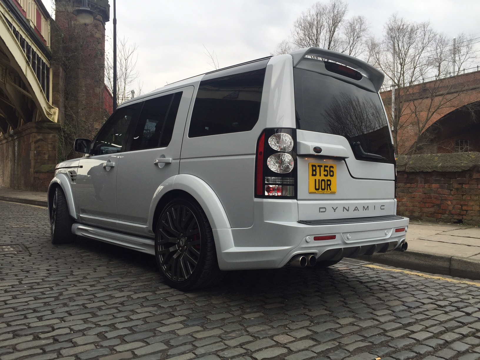 Land Rover Discovery 3 4 Dynamic Lr7 Arctic Edition