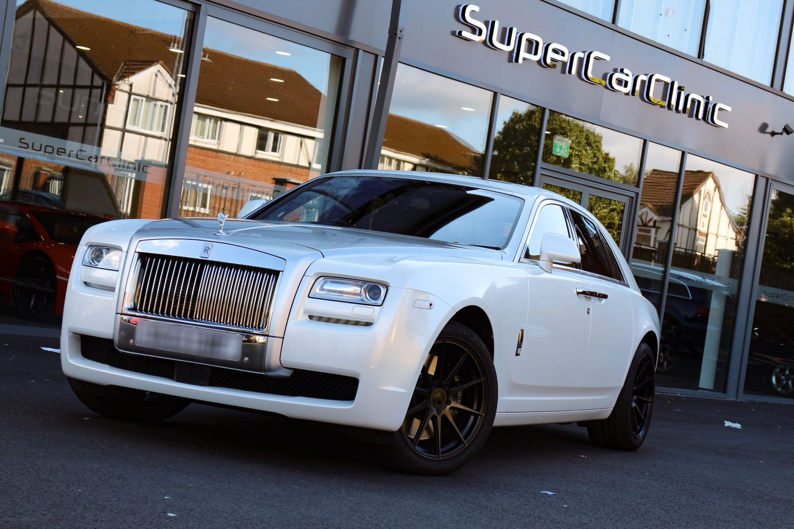 Rolls Royce Ghost wrapped in Pearl white