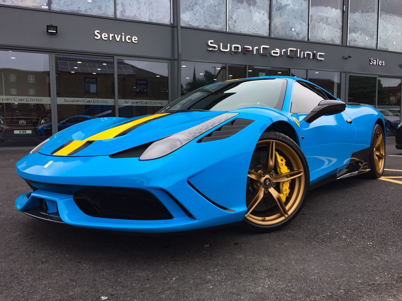 Ferrari 458 wrapped carbon fibre performance parts fitted
